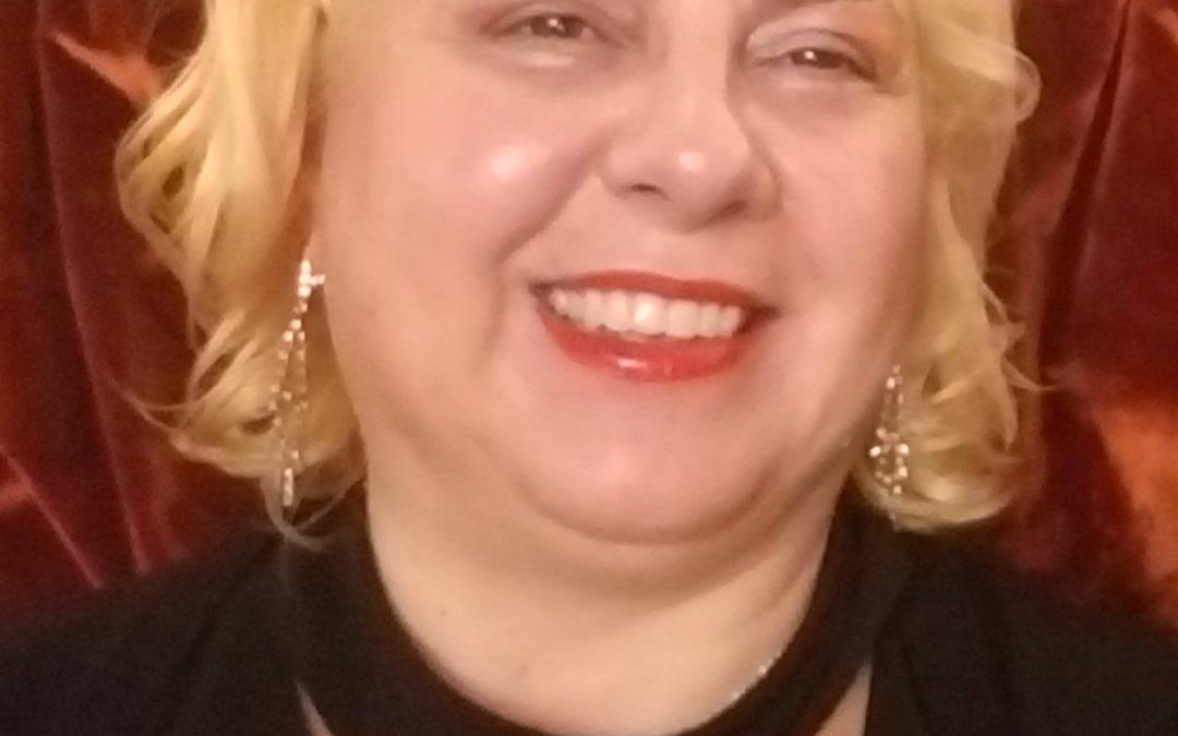 Authors' Lounge Featured Author : Gianina Sipitca