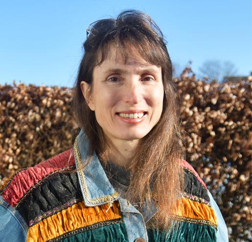 Susie Kearley, Debut Author of Pestilence